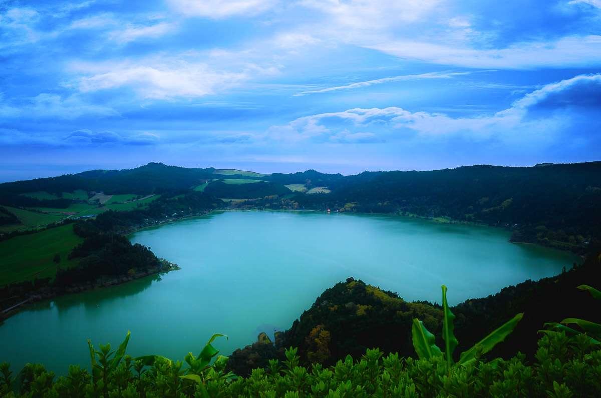 Der Lagoa das Furnas vom Pico do Ferro.