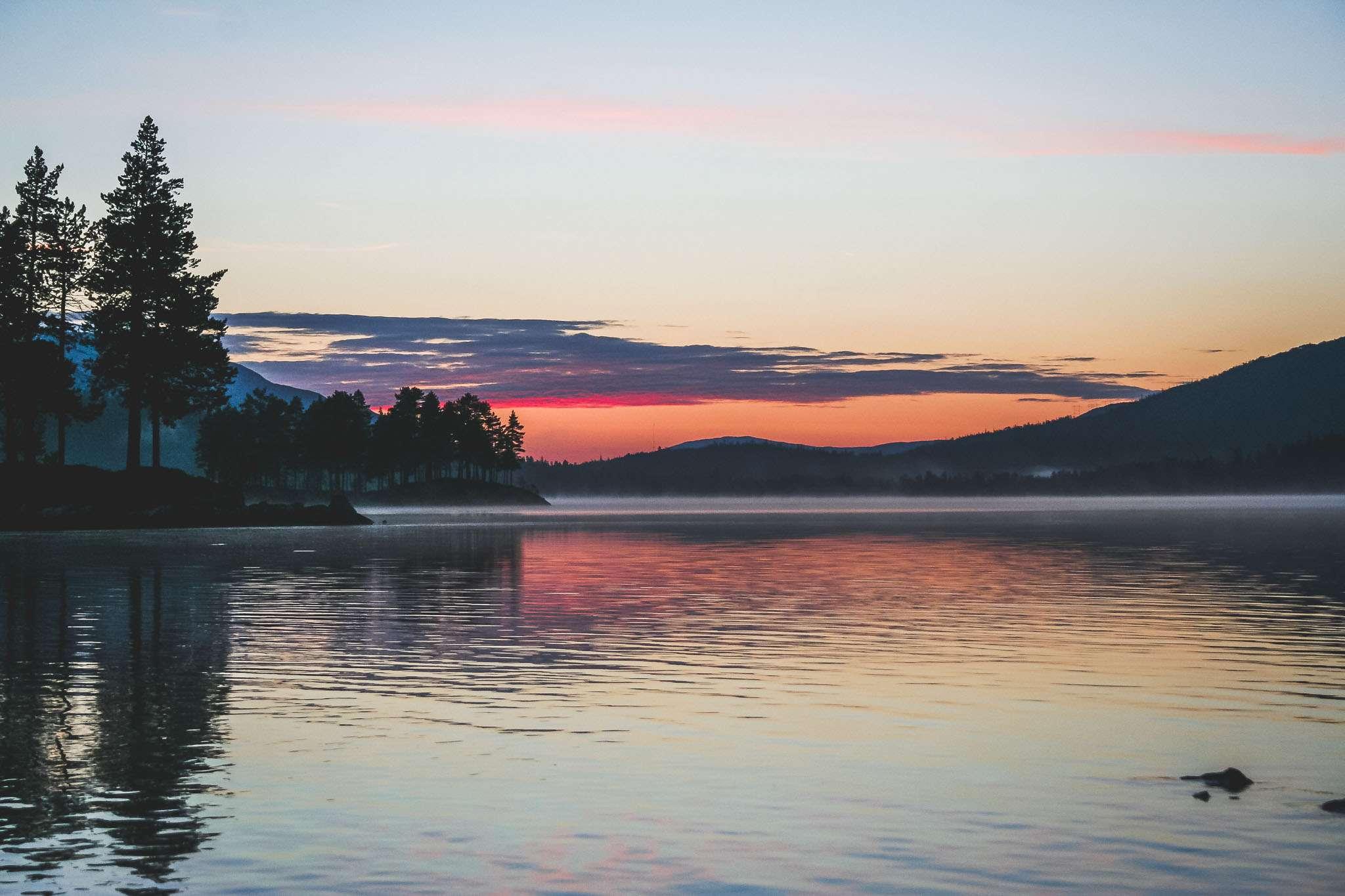 Sonnenuntergang im Holmvassdalen