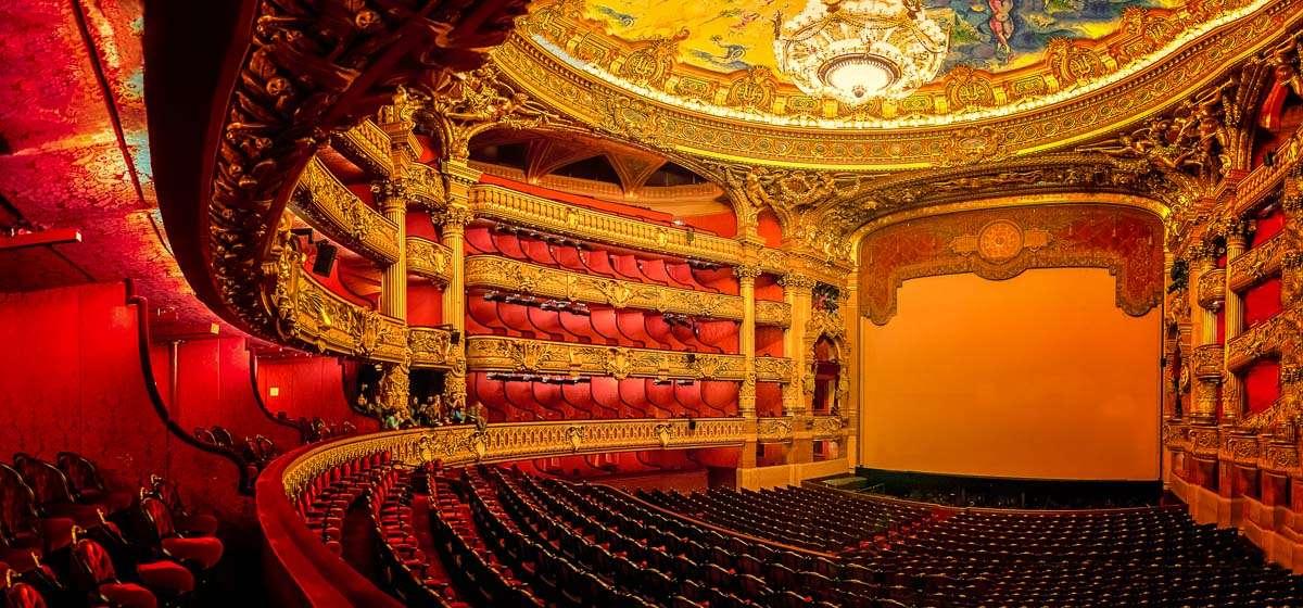 Der Saal der Oper Garnier in Paris