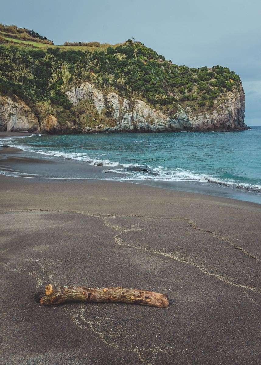 Kurz vor dem 2 Regenschauer am Praia dos Moinhos.