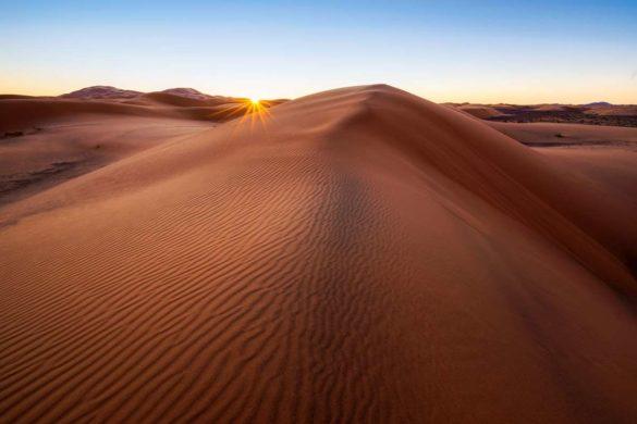 Sonnenstern über der Sahara