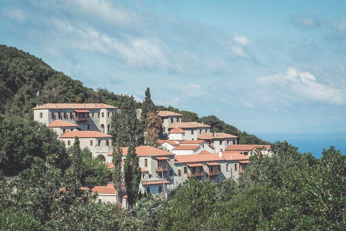 euböa-reisebericht-griechenland-kloster-ahoi-adventures