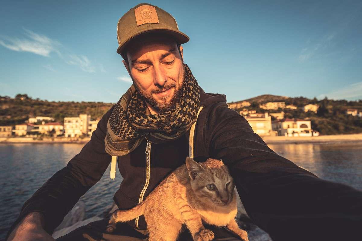 Der Beweis, dass Alex auch Katzen mag.