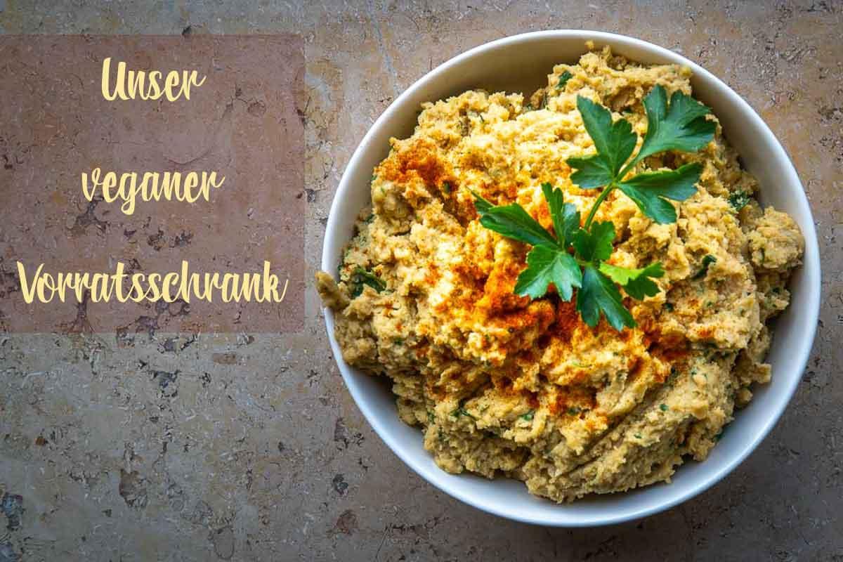 titelbild-hummus-gesund-lecker-kichererbsen-orientalisch-marokkanisch-vegane-lebensmittel-liste-ahoi-adventures