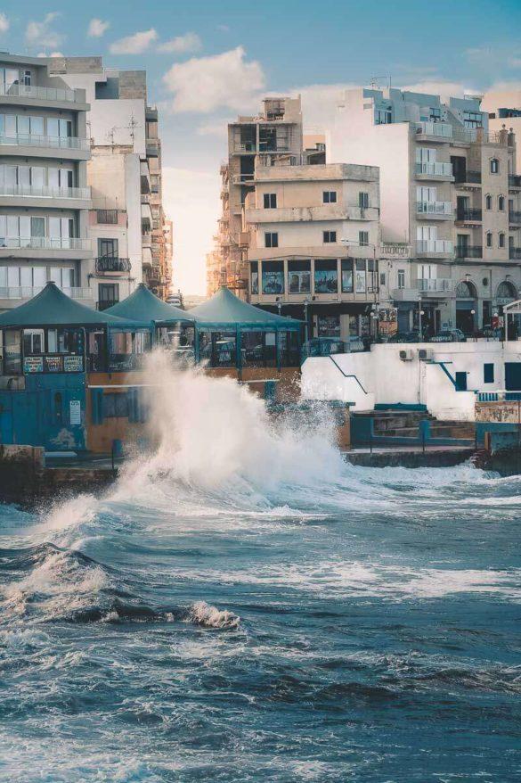 Wellen Bugibba Malta
